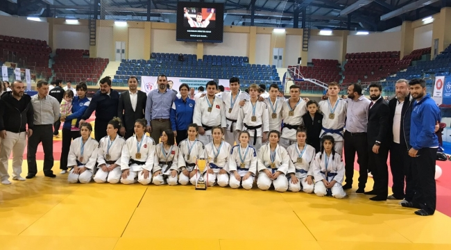 Ümitler Judo 1. Lig şampiyonu Kağıtspor oldu