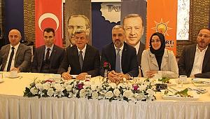 AK Parti'de 108 aday adayı bilgilendirildi
