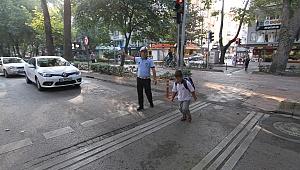 Büyükşehir'den okul çevrelerine trafik önlemleri