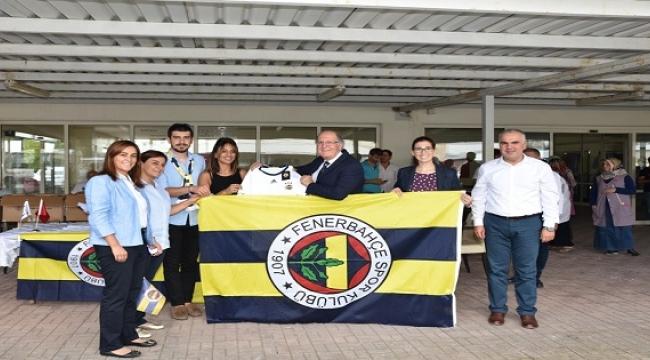 Fenerbahçelilerden  bizimköy engelliler merkezine ziyaret
