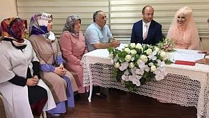 KOMEK Bohçası ile evliler kervanına katıldı
