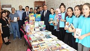 Gebzeli Öğrenciler Kitaplarına Kavuştu