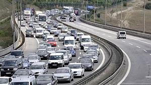 TEM Otoyolu'nu kullanacaklar dikkat! Bu noktalar trafiğe kapalı!