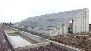Başiskele'ye 40 bin metrekarelik futbol sahası