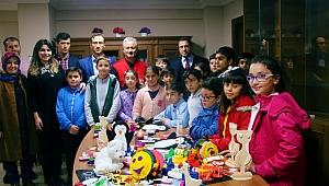 Suriyeli çocuklar için hediye oyuncaklar