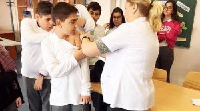 Darıcalı öğrencilere aşı yapılıyor!