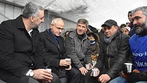 Eryarsoy Flormar işçilerini ziyaret etti