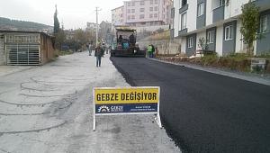Gebze Belediyesi'nden sıcak asfalt çalışması