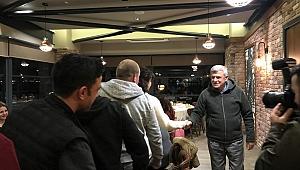 Gez-Gör ile İzmit'i gezen misafirlere Başkan Karaosmanoğlu'dan sürpriz