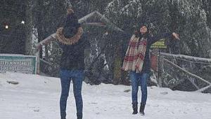 Kartepe'de kar kalınlığı 81 santimetre oldu!