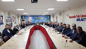 AK Parti'de 463 aday mülakata girecek