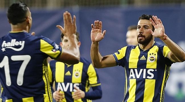 Fenerbahçe-AZ Alkmaar maçında gol düellosu!
