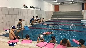 Gebze'de yüzme derslerine ilgi büyük