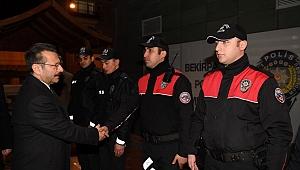 Polis ekipleri görevde