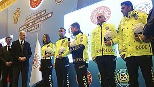 Trafik polislerinin kıyafetleri yeniden tasarlandı