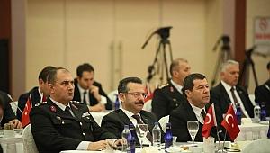 Vali Aksoy, Seçim Güvenliği toplantısına katıldı