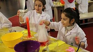 """""""Bilimde Kadın ve Kız Çocukları Günü""""  Bilim Merkezi'nde kutlanacak"""