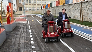 Demirci Trafik eğitim parkını Çayırova'ya kazandırdı