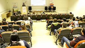 Dünya Kanser Günü etkinliği GTÜ'de düzenlendi