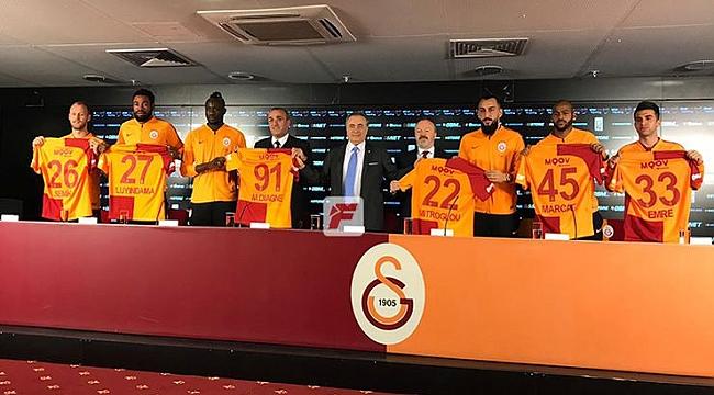 Galatasaray'ın altı yeni transferi imzayı attı!