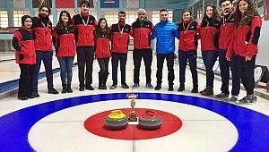 GTÜ curling takımı dereceyle döndü
