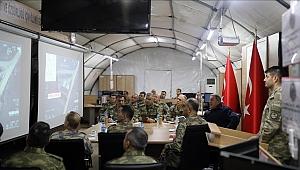 Milli Savunma Bakanı Akar: Hem arazide hem de masada varlığımızı sürdürüyoruz