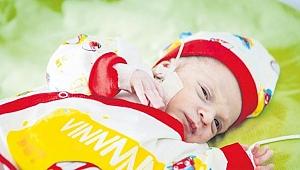 7 aylık doğdu, kalbi defalarca durdu.. Gebzeli bebek yaşama tutunmayı başardı