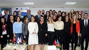 Girişimci kadınlara sertifika verildi