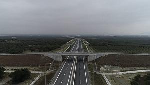 İki dev köprü birbirine bağlanıyor