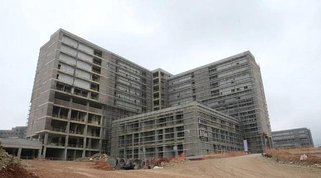 Kocaeli Şehir Hastanesi inşaatında yarıya gelindi