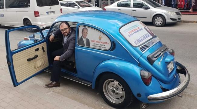 Meclis üyesi adayının klasik otomobili beğeni topladı!