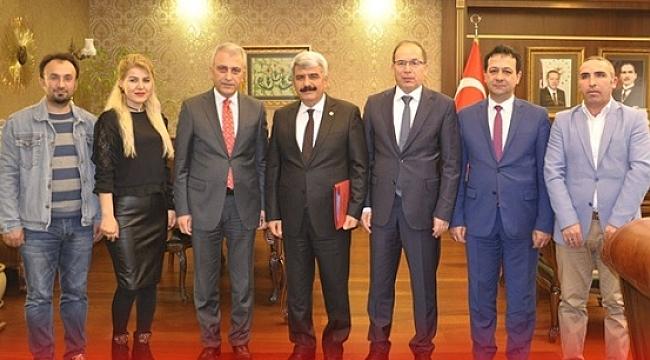 Türk Sağlık Sen'den Rektör Hülagü'ye ziyaret