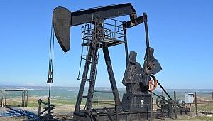 Türkiye'de bir ilk: 3 bin 500 metreden petrol çıkarıldı