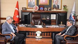 Karaosmanoğlu'ndan Başkan Şayir'e 'Hayırlı olsun' ziyareti