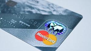 Kredi kartlarıyla ilgili düzenleme yürürlüğe gitti