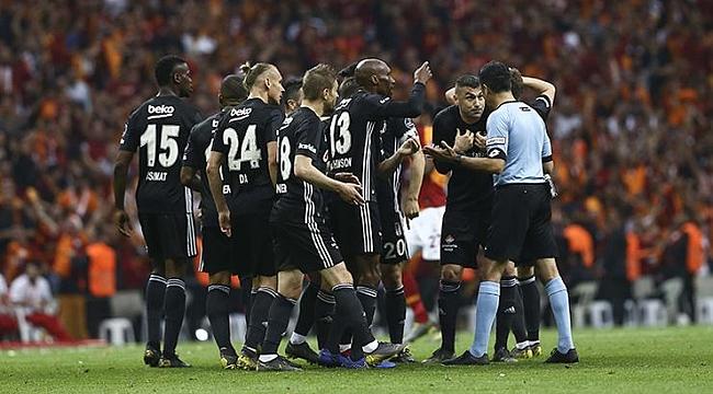 Beşiktaşlı futbolcular: Resmen 12 kişiye karşı oynadık