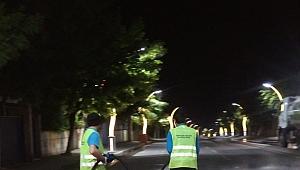 Darıca'da cadde ve sokaklar yıkanıyor