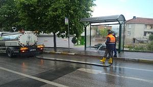 Dilovası'nda sokaklar her gün yıkanıyor