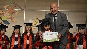 Farabi Kreşinde minikler, mezuniyetlerini kutlandı