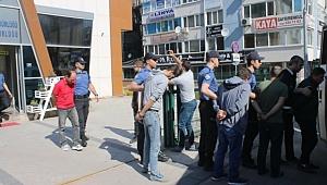 Gebze'de 25 kişilik  fuhuş çetesi çökertildi