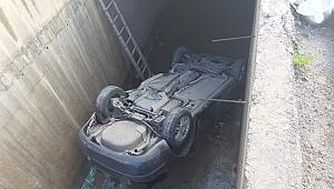 Gebze'de araç su kanalına uçtu