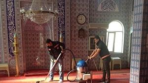 Gebze'de camiler bayrama hazır