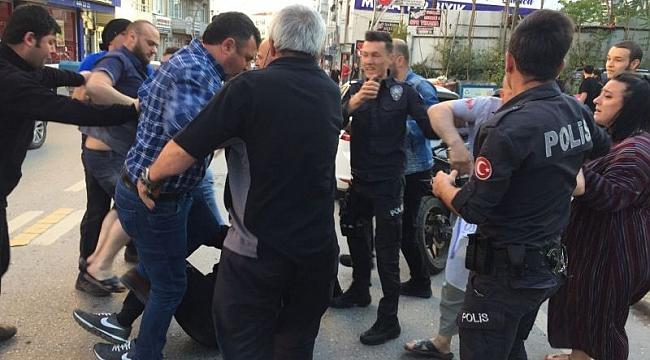 Kazada çıkan kavgayı polis ayırdı