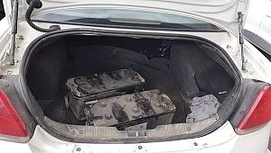 Kiralık araçla akü çalan hırsızlar yakalandı!