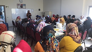 KO-MEK kursiyerlerine  Akılcı İlaç ve Organ Bağışı eğitimi