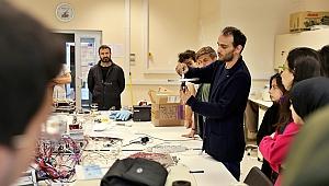 Gtü'de laboratuvarlar geleceğin bilim insanlarına açıldı