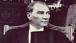 Tek bir Atatürk fotoğrafı koymak zor mu geldi?