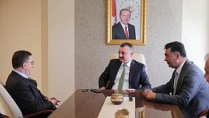 Türkkan, Büyükakın'ı ziyaret etti
