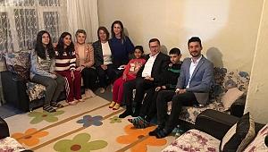 Türkkan orucunu vatandaşın evinde açtı