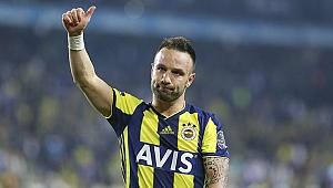 Valbuena 2 yıl daha Fenerbahçe'de